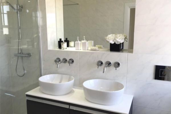 whitegate-bathroom